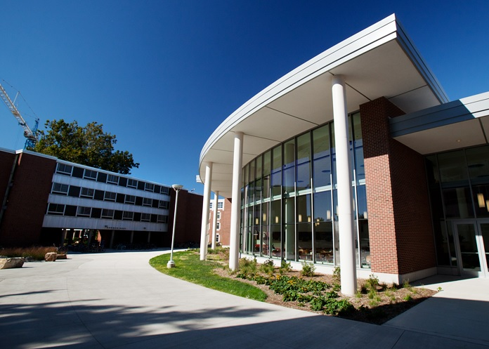 University of Illinois Champaign-Urbana: Timothy J. Nugent and Ikenberry Dining Facility